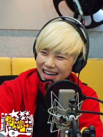 2011.12.26 MBC Star Night 7.jpg