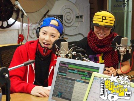 2011.12.26 MBC Star Night 8.jpg