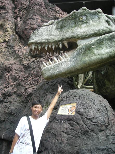 和恐龍共舞3.jpg