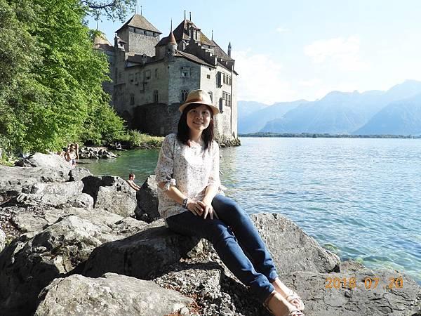 1-從策馬特到西庸古堡約3小時,位於雷夢湖最東邊,瑞士法語區.JPG