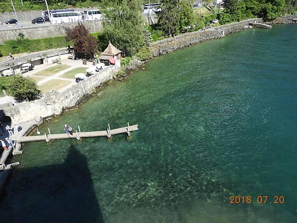 33-高塔望出去的日內瓦湖景色.JPG
