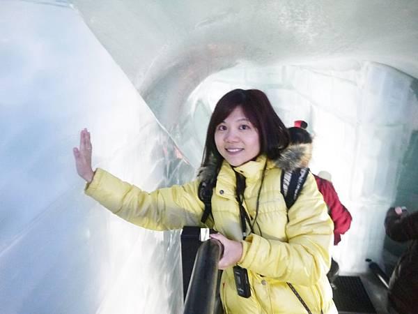 36-全都是千萬年的冰堆竊而成的.JPG