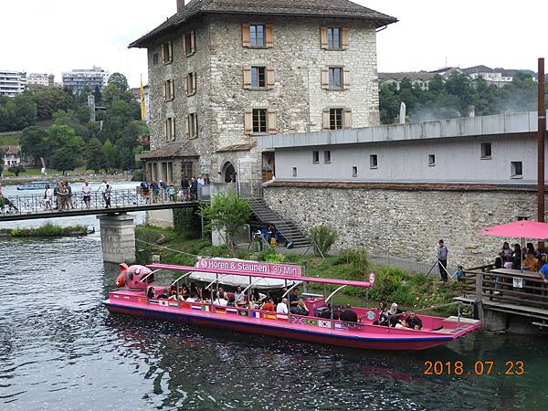 4-瀑布畔餐廳,也是搭船處.JPG