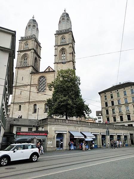 2 蘇黎世大教堂.jpg