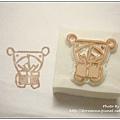 38. Mia老師 小紅書內的圖案-送禮物的小熊