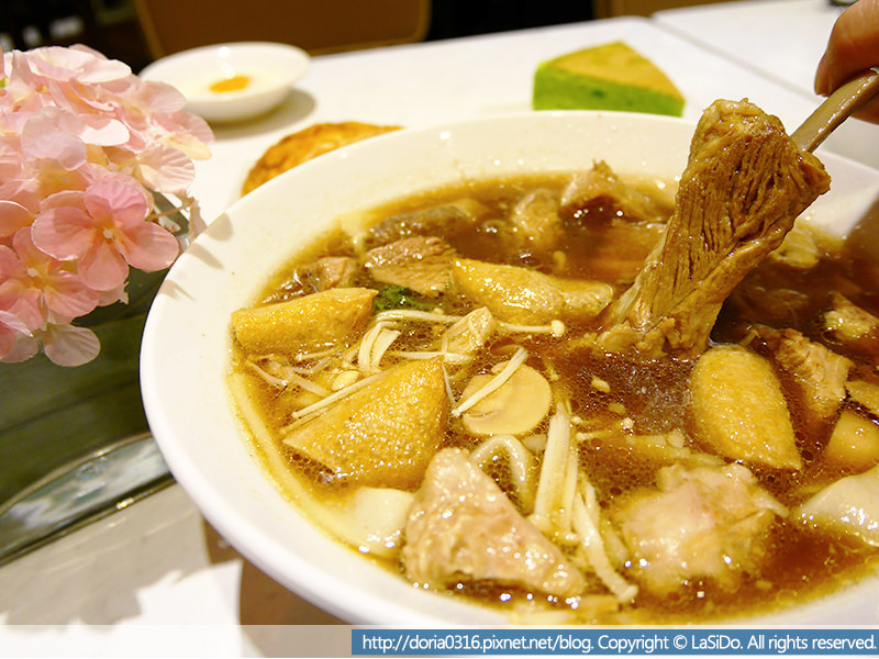 吐司工坊-新加坡肉骨茶湯配河粉02