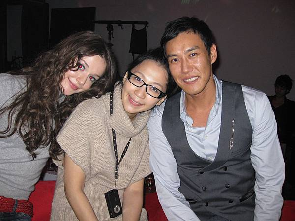 瑞莎+AMANDA+TOMO