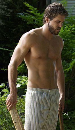 Shirtless-Ryan-Reynolds-Cutting-Wood.jpg