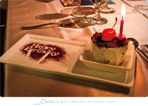 生日小蛋糕.jpg