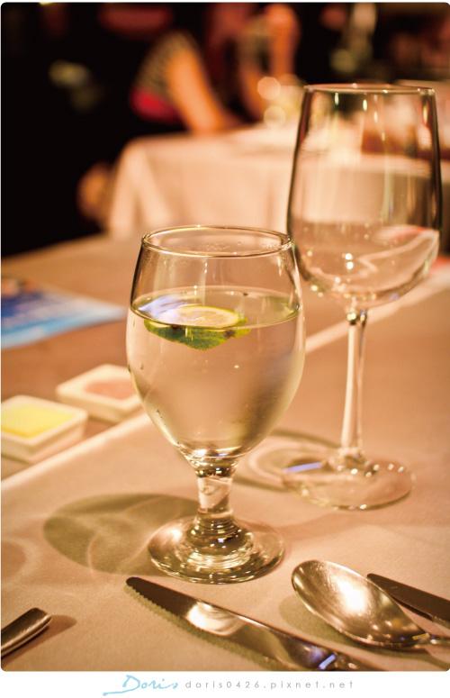 第一杯水.jpg
