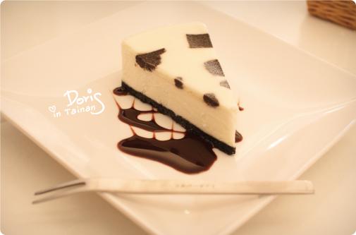 黑岩乳酪蛋糕.jpg
