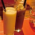 2飲料-奶綠+卡布奇諾.jpg