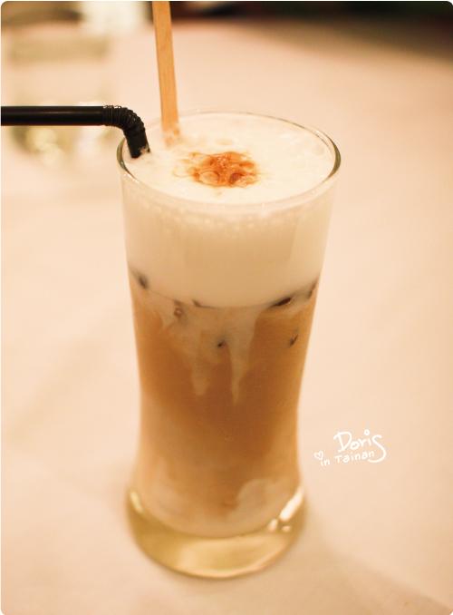 飲料-冰拿鐵.jpg