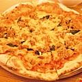 鮪魚披薩.jpg