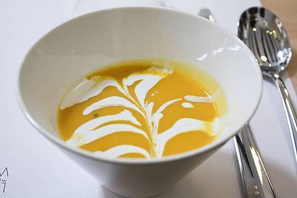 餐-南瓜濃湯