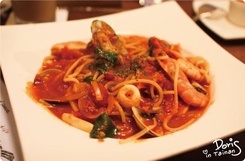 參-茄汁海鮮麵