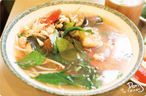 餐-清湯什錦河粉