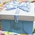 白色艾菲爾蛋糕外盒