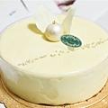 白色艾菲爾蛋糕1
