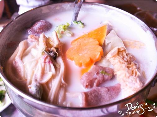 3四季春曉-特製玫瑰牛奶養生鍋
