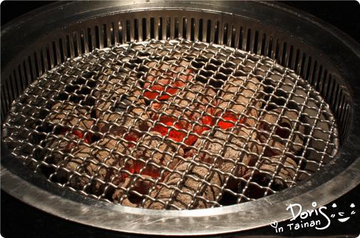 2碳佐麻里-碳烤爐火