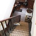鹿早茶屋-3樓網2樓的樓梯