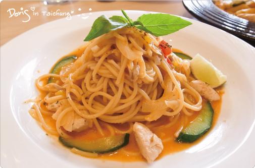 洋風義大利餐廳-泰式酸辣什錦海鮮細麵