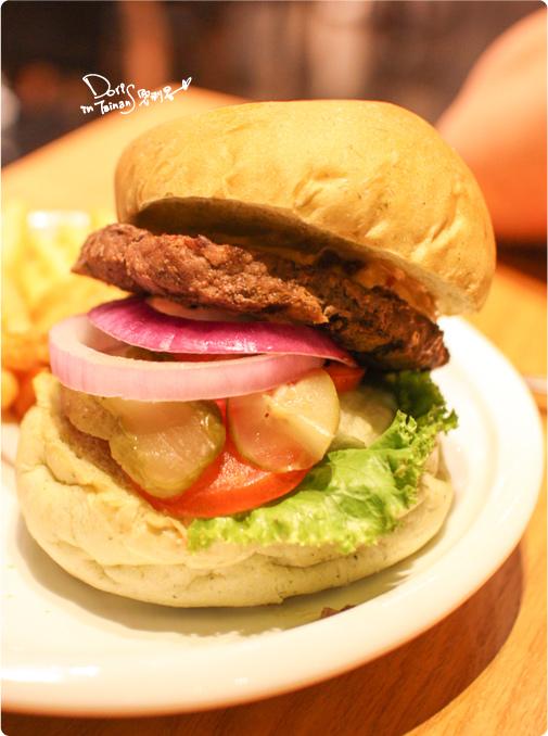 2014-07-08大口吃美式餐廳18.jpg