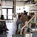 2014-06-21AWAY003-店內02.jpg