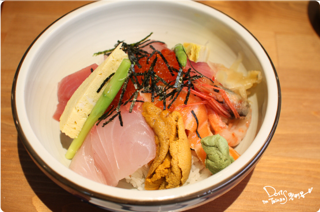 吉田日本料理-綜合海鮮丼.jpg