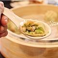 九龍茶餐廳-絲瓜湯包1.jpg