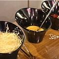 九龍茶餐廳-調味區2.jpg