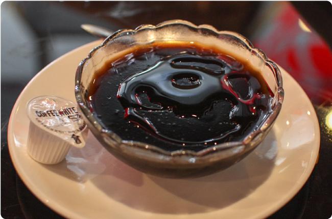 九龍茶餐廳-私房龜苓膏.jpg