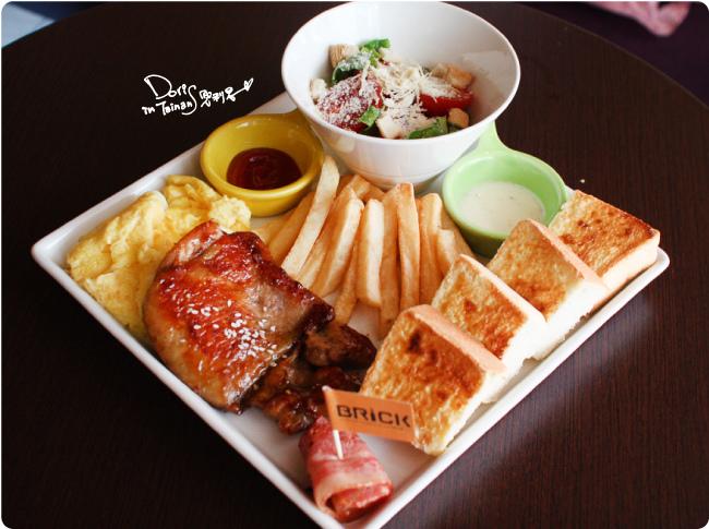 2015-04-18BRICK磚塊早午餐-雞腿排套餐.jpg