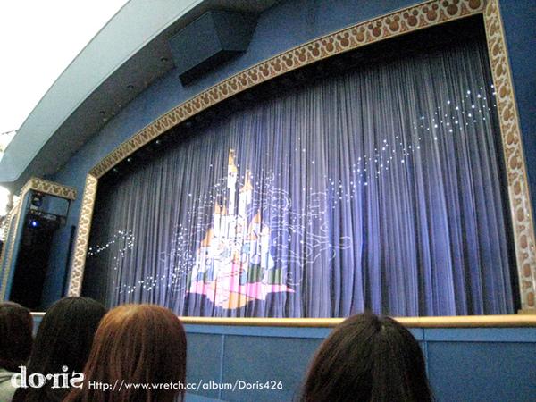 看迪士尼劇場