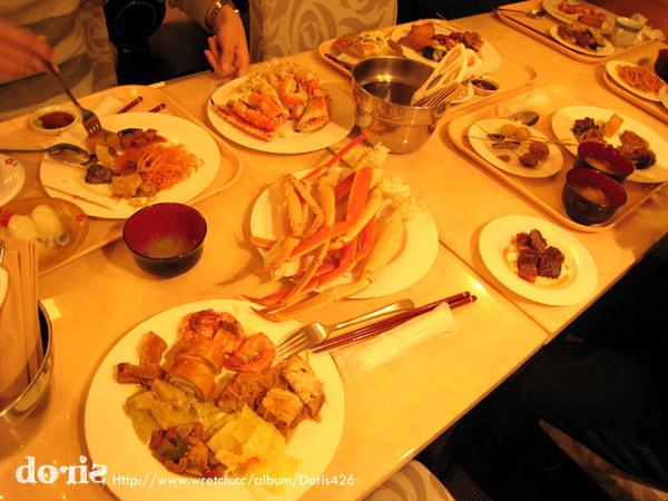 晚餐是飯店的螃蟹大餐