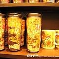 在機場看到星巴克的京都版杯