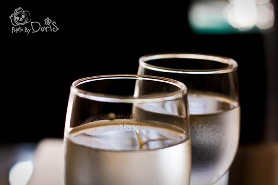 有淡淡水蜜桃香的水