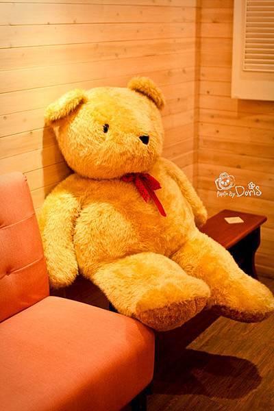 2F坐位上的熊