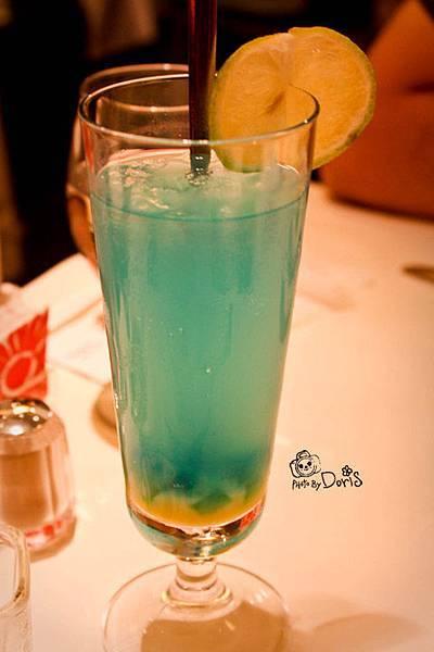 像汽水的雪沁藍橙