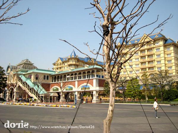 白天的迪士尼大飯店