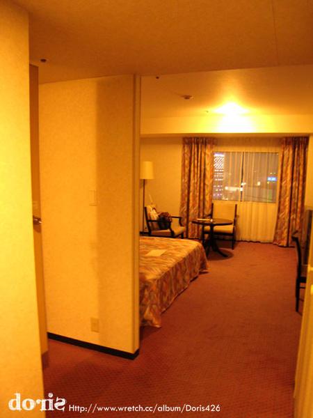 今天住的飯店比起前兩天的大