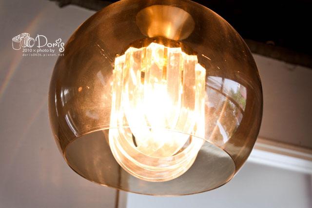 照明燈復古的很好看.jpg