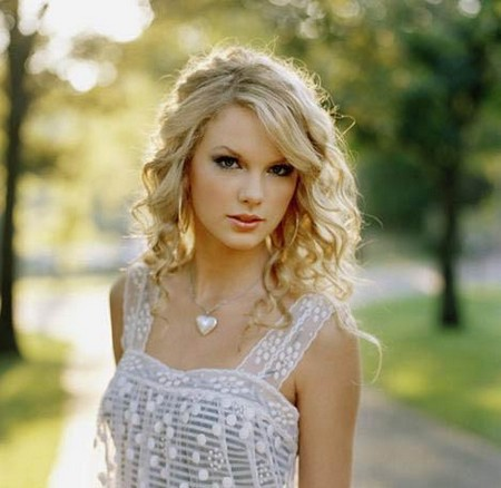 TaylorSwiftsongPics1A3amTF4XG7RM