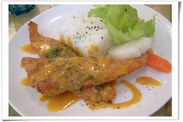 炸魚搭黃芥茉很對味