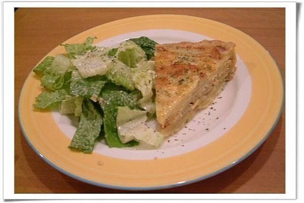 我的餐點-法式鹹派+沙拉