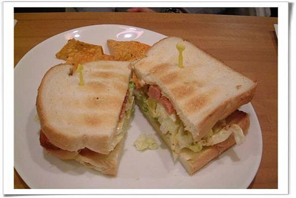 德Q香腸三明治