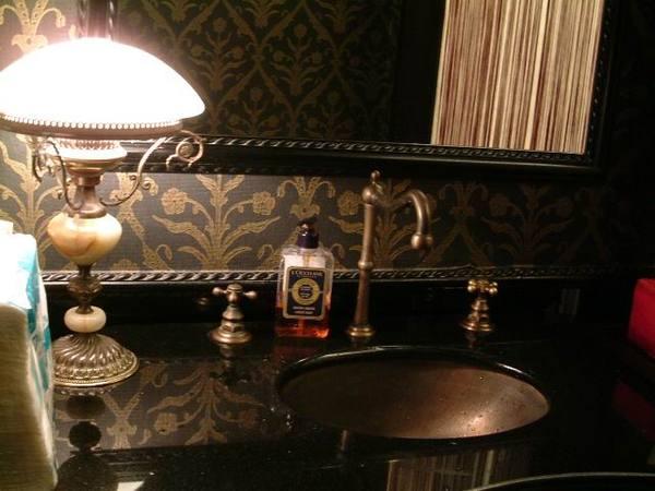 歐風復古洗手間