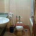 浴室的乾濕分離不OK....Orz