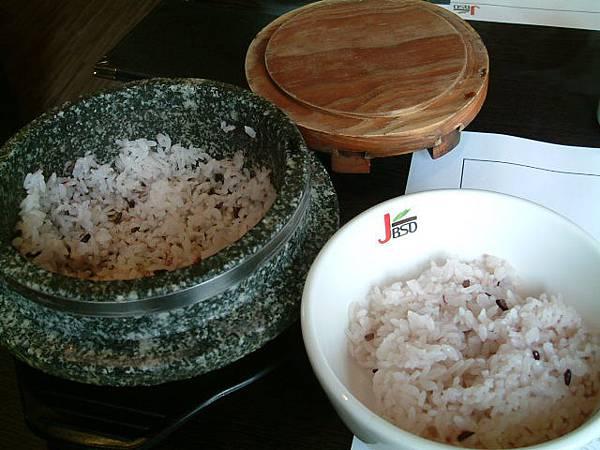 石鍋飯一鍋二吃